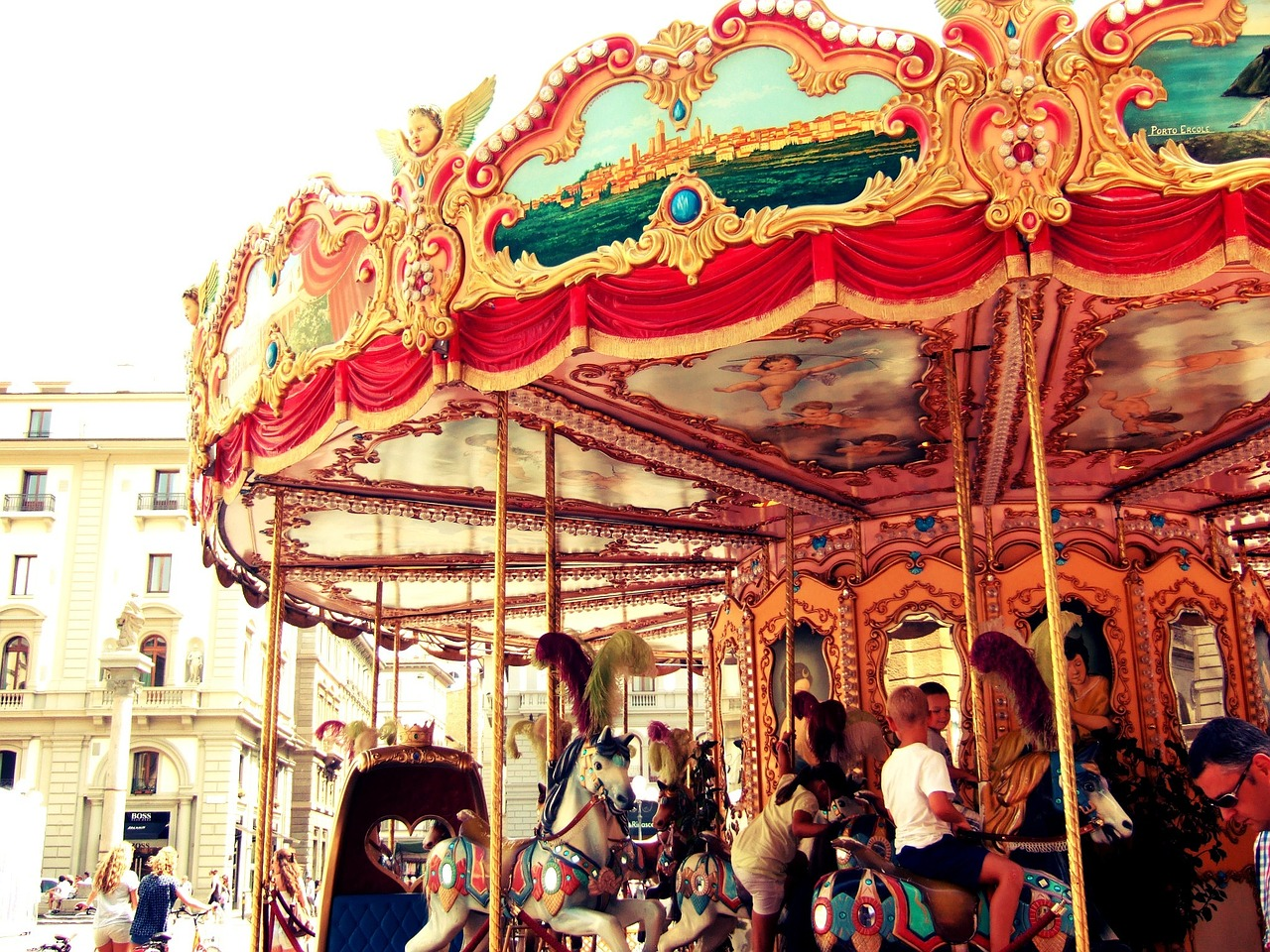 Info-go-round